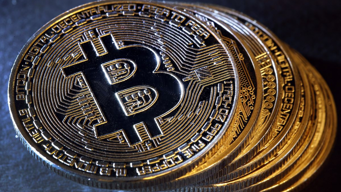 """Both the Libra and the digital currencies issued by the central banks are """"irrelevant"""" and do not pose a threat to Bitcoin, says Andreas Antonopoulos – Crypto Trends"""
