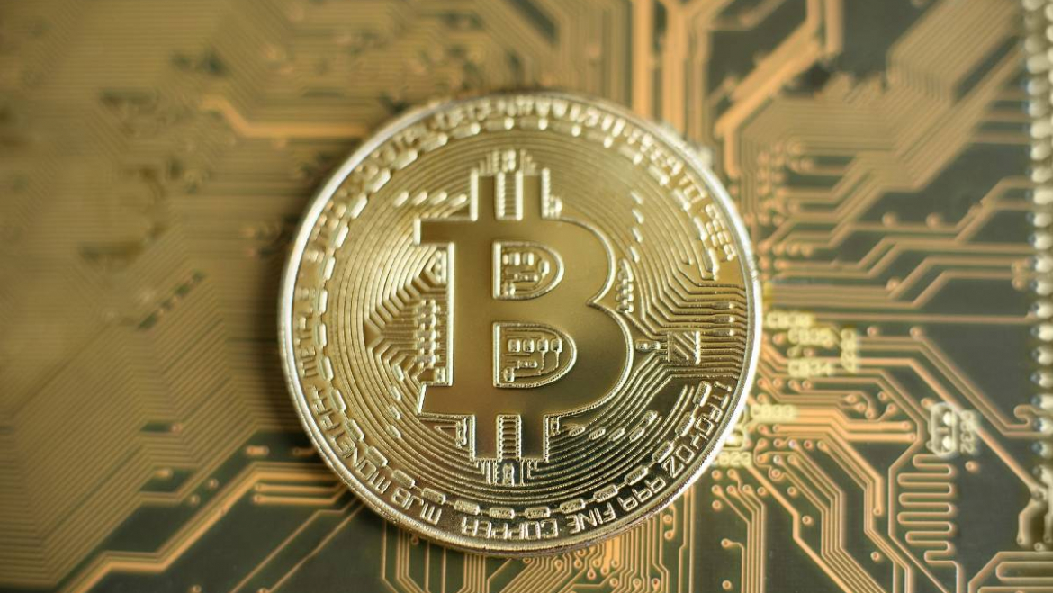 Is it better to mine or buy bitcoin?